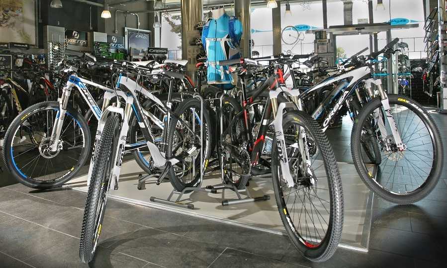 Rent a bike to hit the trails of Granada