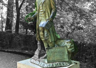Statue of Washington Irving